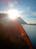 tenda dan matahari pagi
