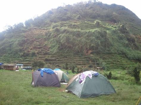 2 tenda & sikunir