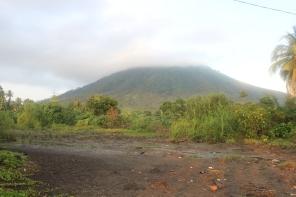 gunung sebesi