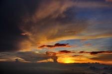 indahnya sunset camp 7